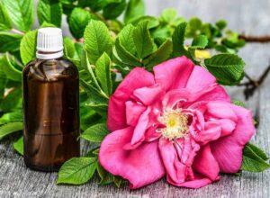 Опасные натуральные отдушки, эфирное мало дамасской розы